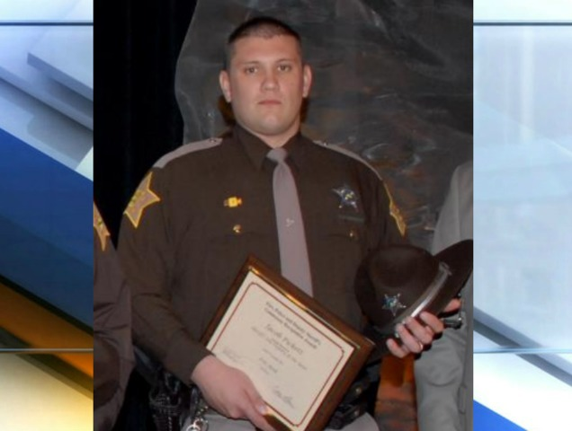 IN  sheriff's deputy dies after being shot Friday during a foot chase