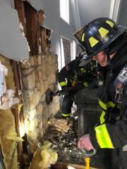Bargersville firefighters battle chimney fire
