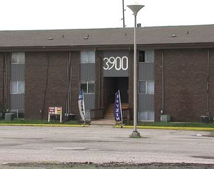 Indy apartment renters afraid for health, safety