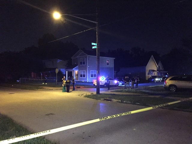 2 dead in triple shooting on west side