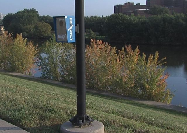 Do the White River Trail emergency boxes work?