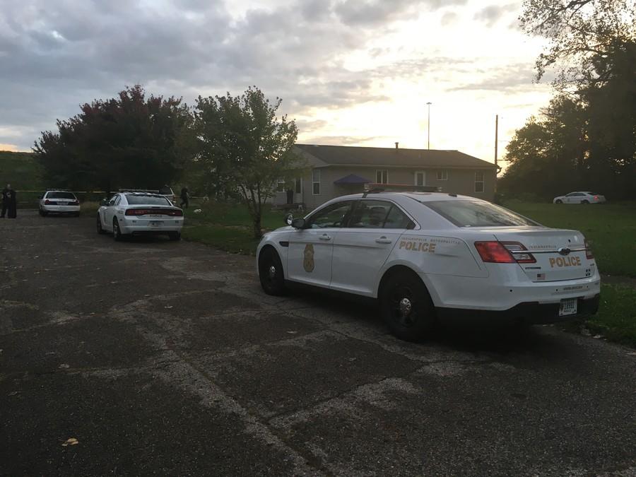 Woman found dead under mattress in alley on Indy's northeast side - TheIndyChann...