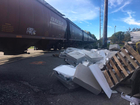 No serious injuries after train and semi collide
