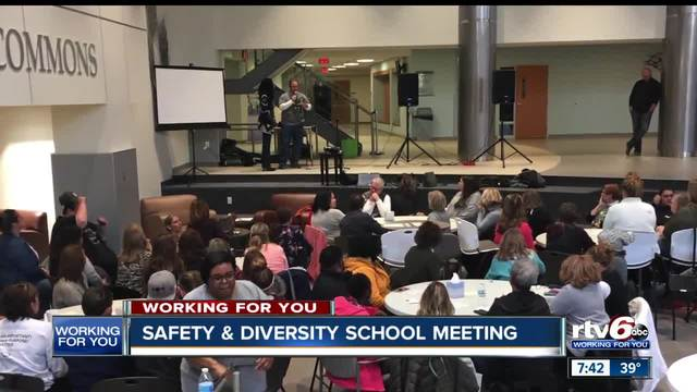 Noblesville community gathers for safety meeting